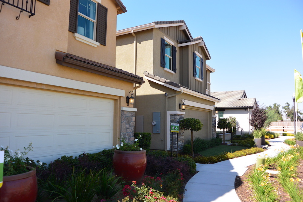 Gated Tanglewood Woodside Homes in Loma Vista community Clovis CA