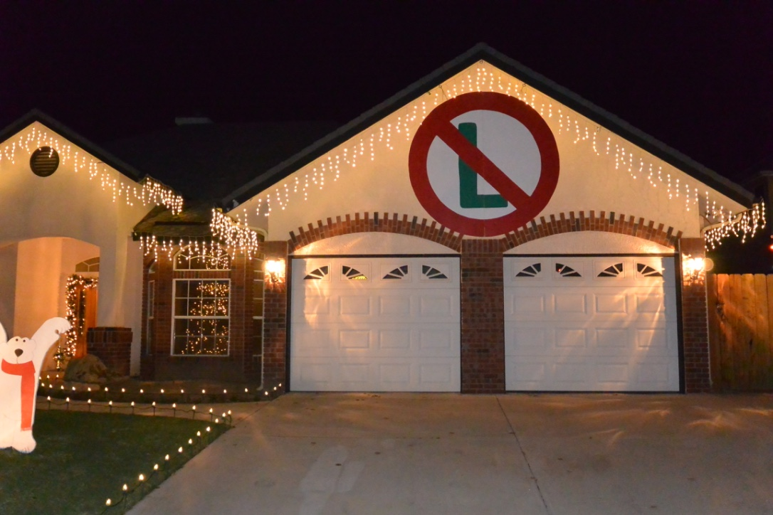 Candy Cane Lane or Cindy Lane Homes Christmas Lights Clovis CA. 93611