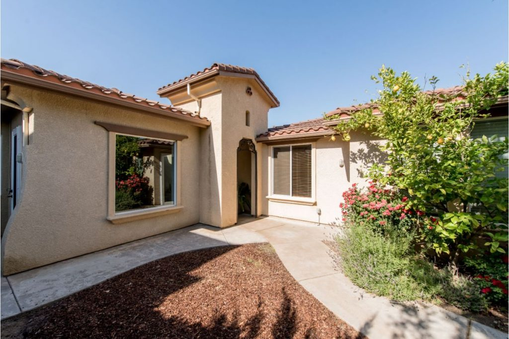 Pool Homes for Sale in Wawona Ranch Clovis CA