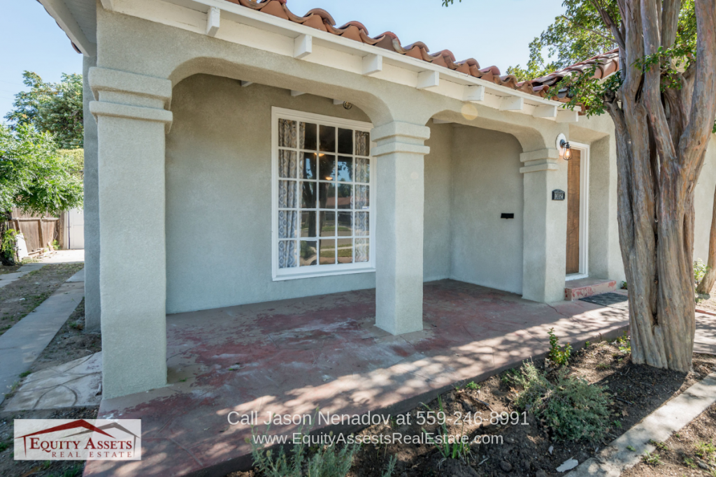 Fresno CA Homes - Fall in love with the charm and character of this Fresno CA home for sale.