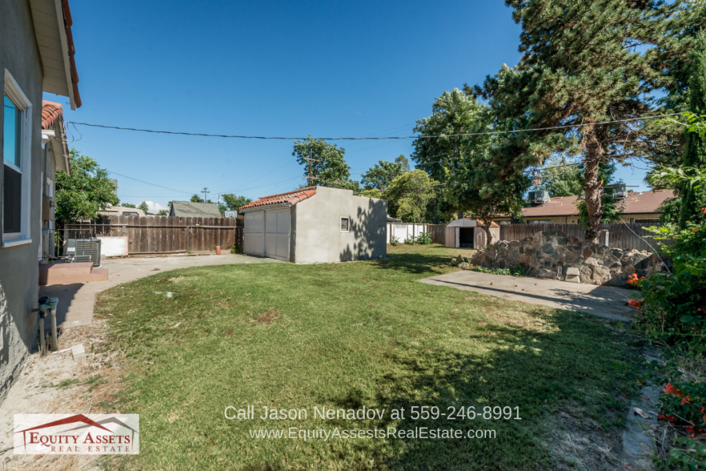 Fresno CA Homes for Sale - Fun and relaxation are yours in the spacious backyard of this Fresno CA home.
