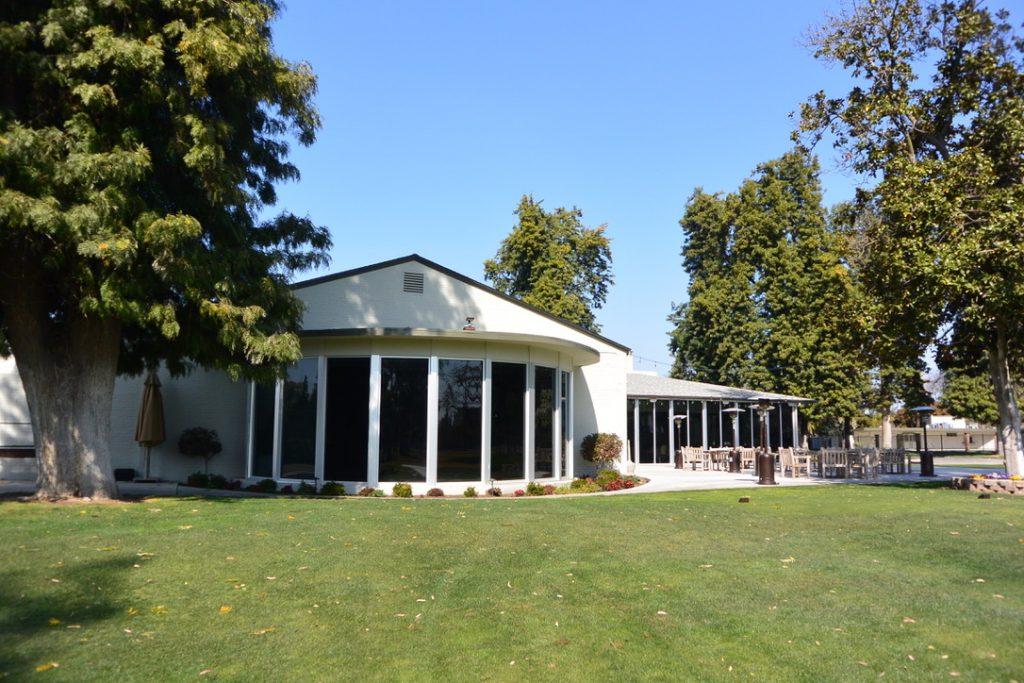Golf Course Homes for Sale Sunnyside Country Club Fresno, CA. 93727